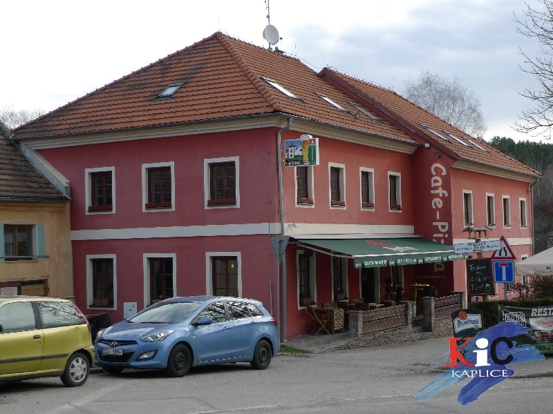 Cafe pizza pod Kostelem