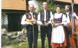 Den slovenské kuchyně a hudby